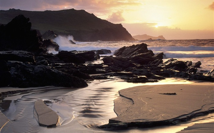 Ireland- Dingle Peninsula Wallpaper Views:4655