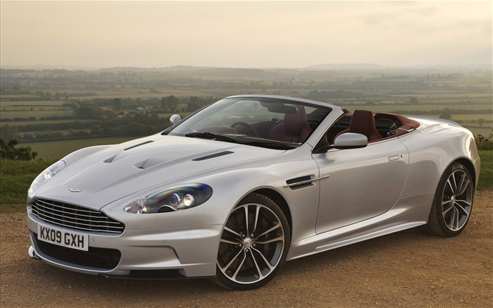 Luxury cars - Aston Martin Wallpaper Views:19212