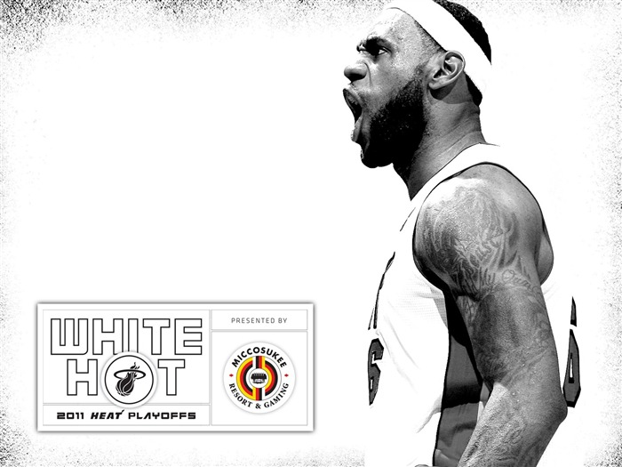 New White Hot-James Wallpaper Views:12971 Date:7/21/2011 5:59:59 AM