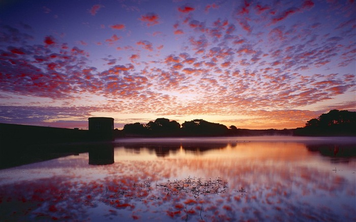United Kingdom Guernsey- Dawn dawn wallpaper Views:4368