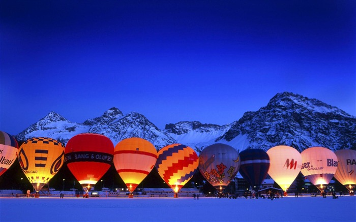 Arosa Switzerland-hot air balloon wallpaper before Views:19465 Date:8/31/2011 5:03:49 AM