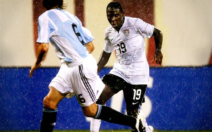 Freddy Adu - USA vs ARG Wallpaper Views:4199 Date:8/27/2011 11:18:33 AM
