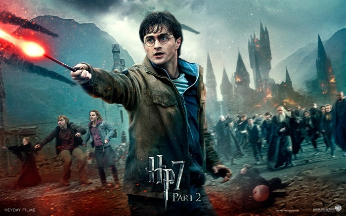 Harry Potter and the Deathly Hallows movie wallpaper Views:27378