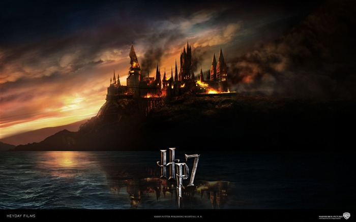Harry Potter and the Deathly Hallows HD movie wallpaper Views:18913 Date:8/9/2011 10:31:06 AM