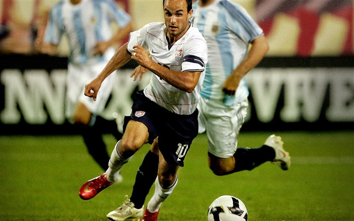 Landon Donovan - UAS vs ARG wallpaper Views:4482 Date:8/27/2011 11:20:21 AM
