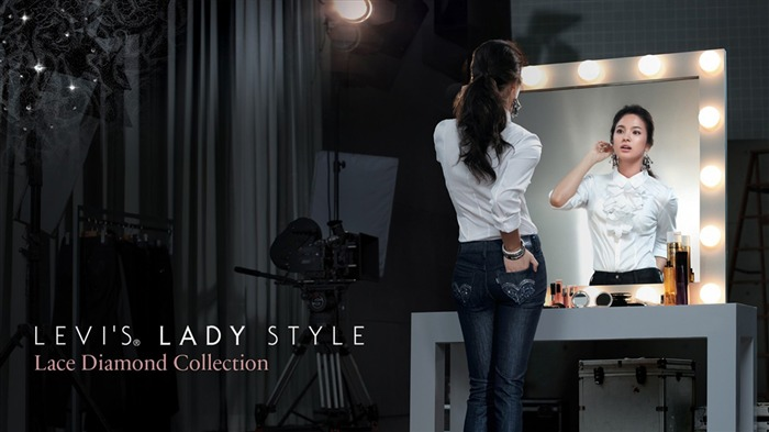 Levis lady style clothing wallpaper Views:21940
