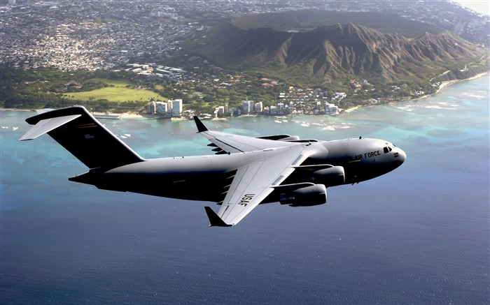 Hawaii Based C-17 Globemaster III- military aircraft - HD Wallpaper Views:7889