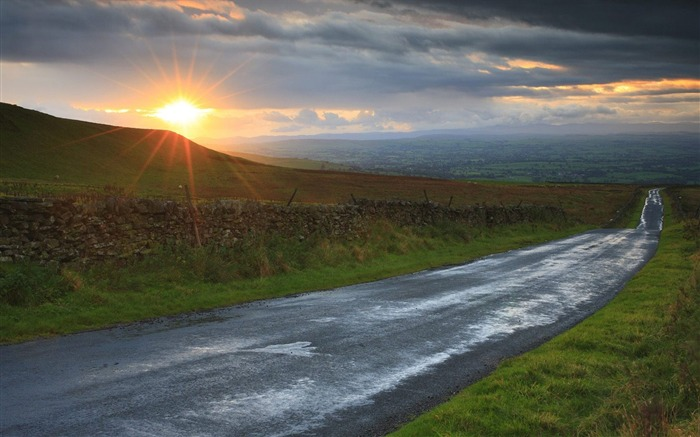 North Yorkshire - across the Pennines road wallpaper Views:4950