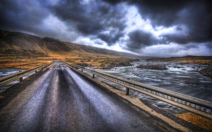 The Road Home to Reykjavik Views:5106