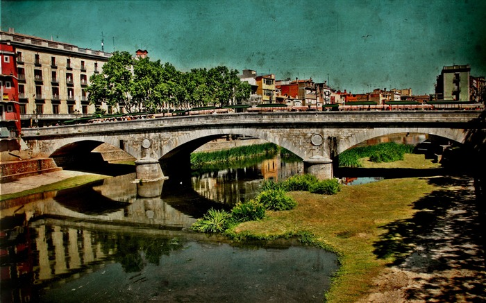 retro-style Spanish town of Girona landscape 01 Views:3310
