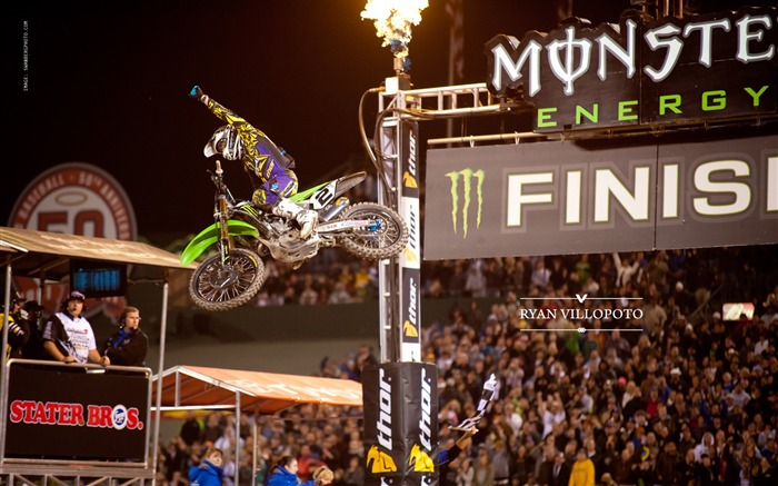 AMA Supercross Anaheim-the first stop-Ryan Villopoto Wallpaper Views:7095