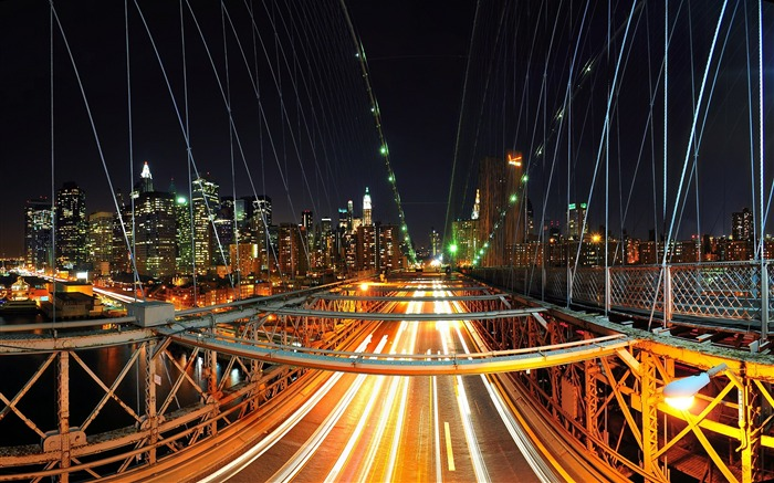 Brooklyn Night Traffic-Travel in the world - photography wallpaper Views:7999