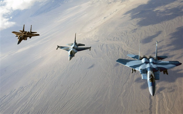 F 15 Eagles and F16 Fighting Falcon-Years of peace-military aircraft Views:7139