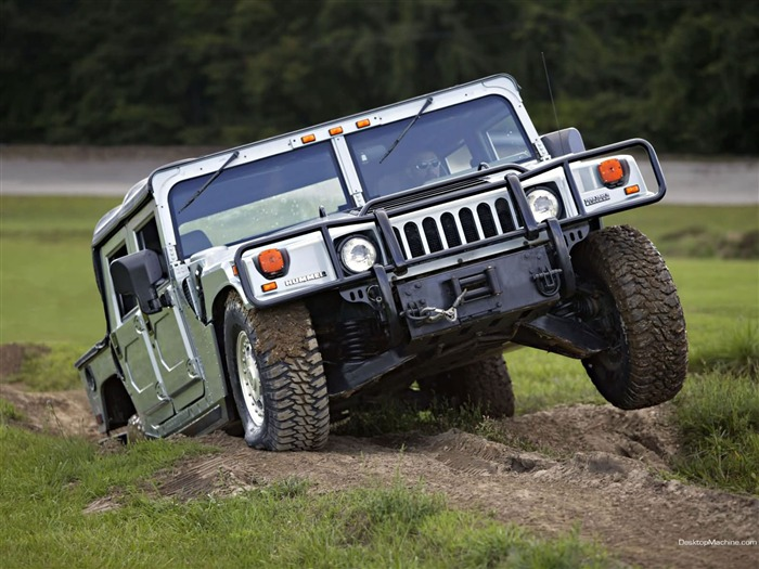 King off-road vehicles - the Hummer H1 series wallpaper 02 Views:8171