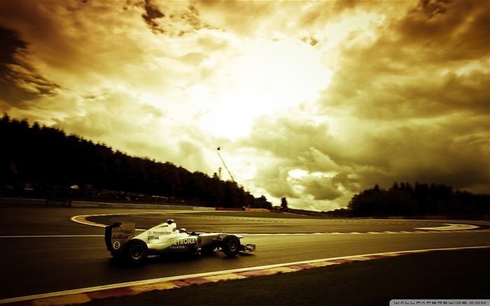 Mercedes GP-F1 Formula Racing Wallpaper Views:13121