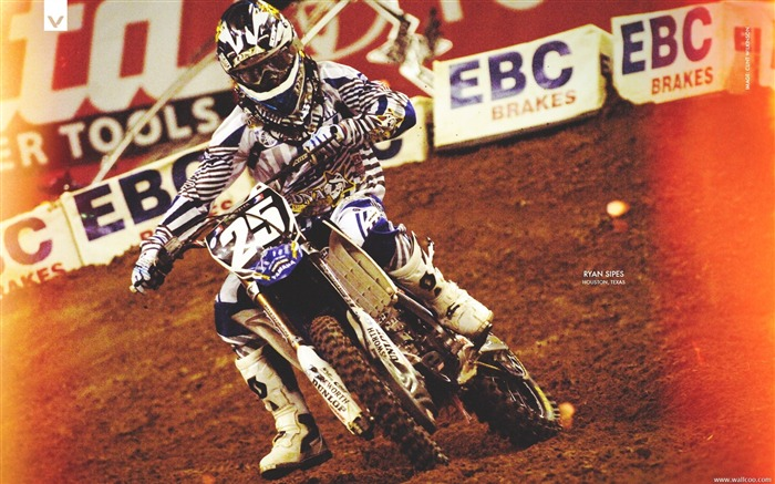 AMA Supercross Houston station-riders Ryan Sipes Views:3597