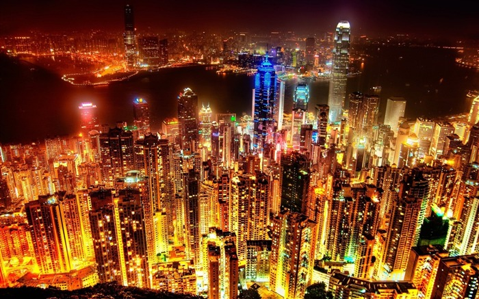City at night-The urban landscape photography Desktop Wallpapers Views:11207 Date:11/11/2011 8:01:47 AM