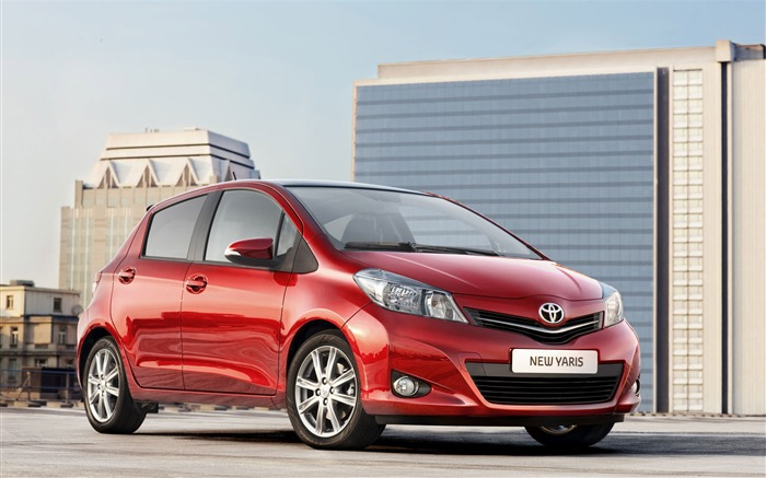 Toyota Yaris saloon car red appearance of the desktop wallpaper 13 Views:3808