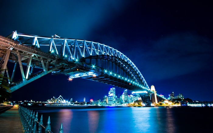 bridge night-The urban landscape photography Desktop Wallpapers Views:6767 Date:11/11/2011 8:02:30 AM