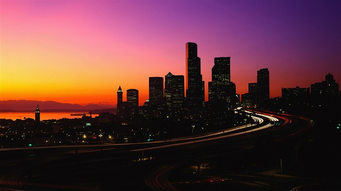 city dusk-The urban landscape photography Desktop Wallpapers Views:14075 Date:11/11/2011 8:04:47 AM