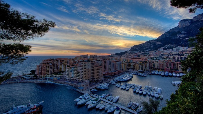 monte carlo harbour-The urban landscape photography Desktop Wallpapers Views:7357 Date:11/12/2011 9:27:10 AM
