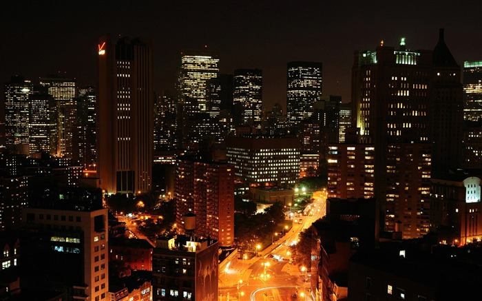 night cityscapes-The urban landscape photography Desktop Wallpapers Views:19499 Date:11/12/2011 9:29:27 AM