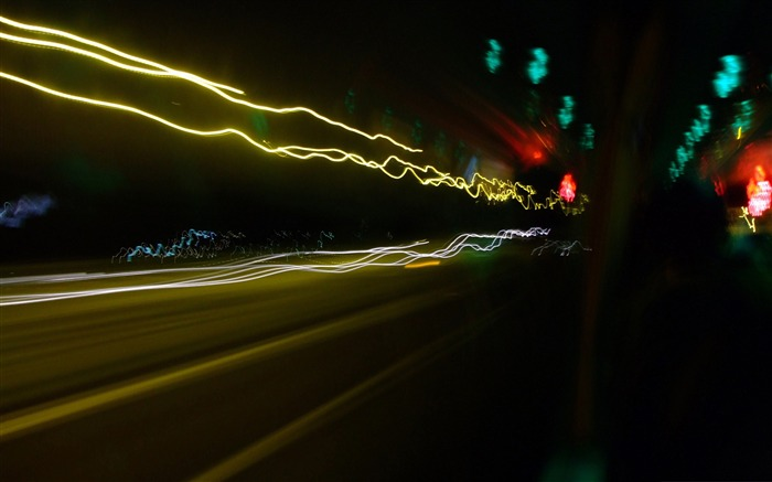night traffic-The urban landscape photography Desktop Wallpapers Views:4948 Date:11/12/2011 9:30:25 AM