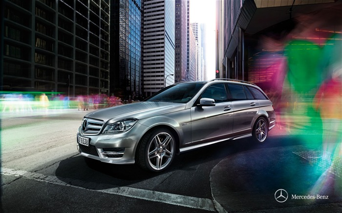 Mercedes Benz C-Class luxury wagon Wallpaper Views:7259