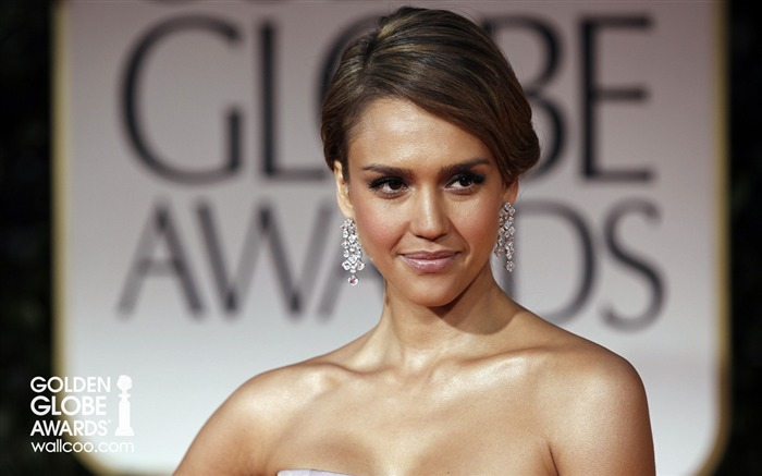 Jessica-Alba style wallpaper is still Views:8640 Date:1/23/2012 12:59:22 AM