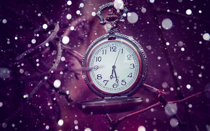time is running out-Creative Design Wallpaper Views:6358