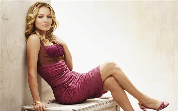 Becki Newton beautiful star Wallpaper Views:11734