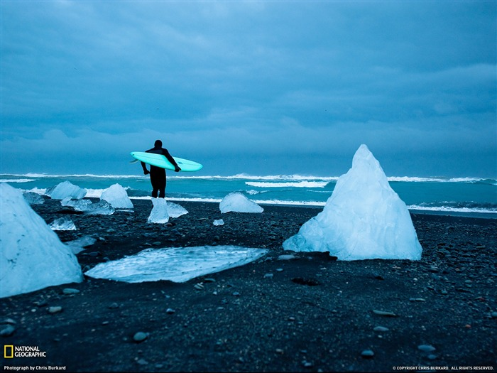 Cold Water Surfing Iceland-National Geographic Travel Photos Views:6062