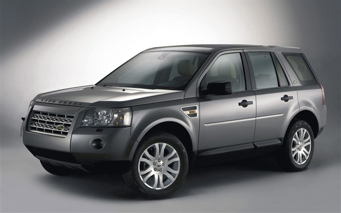Land Rover Range Rover HD Desktop Wallpaper 13 Views:5617 Date:2/15/2012 1:49:49 AM
