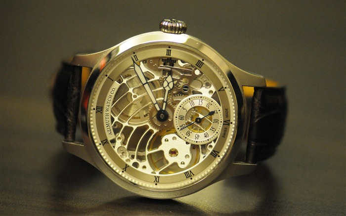 Azimuth-The world famous brands watches wallpaper Views:7192 Date:3/7/2012 2:03:57 PM