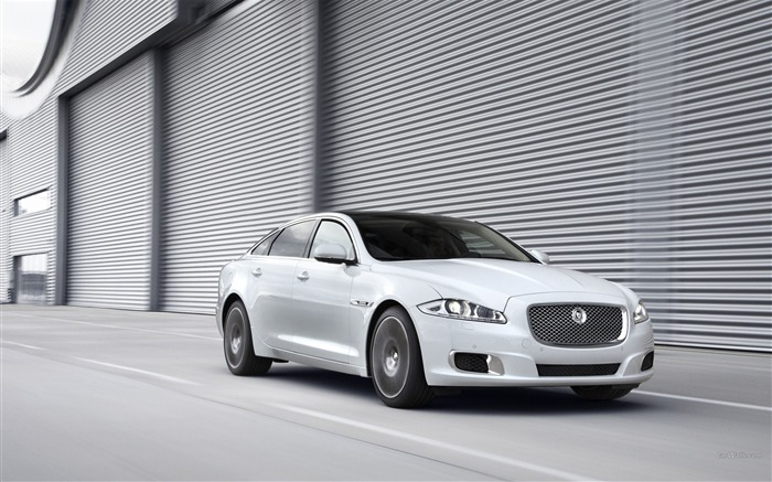 Jaguar XJ Ultimate Auto HD Wallpaper 01 Views:6148