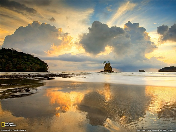 Nicoya Peninsula Costa Rica-National Geographic 2011 Best Wallpapers Views:4885 Date:4/7/2012 11:16:42 AM
