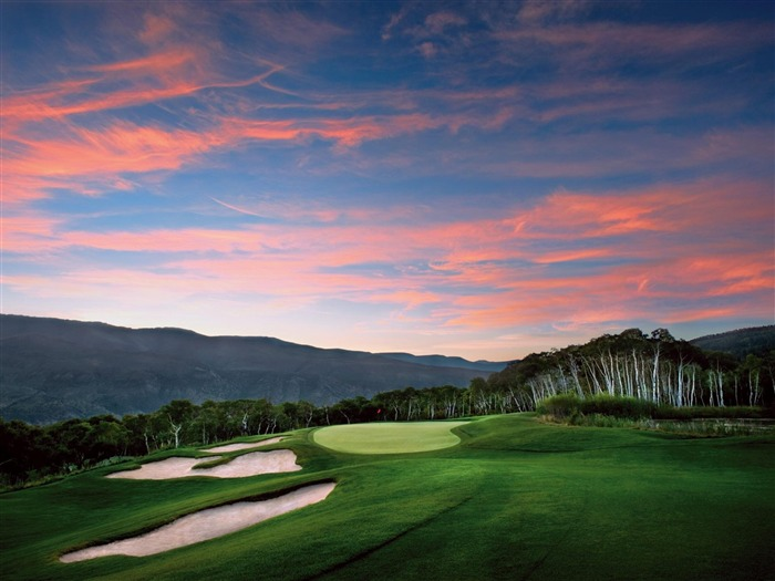 golf courses-world beautiful scenery wallpaper Views:51922