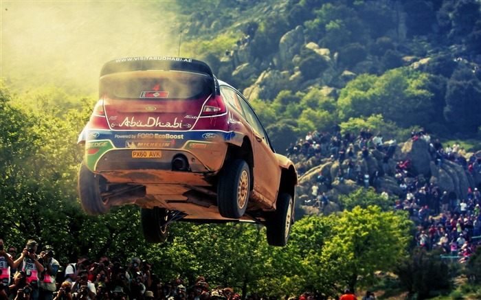 Airborne Racing-Outdoor sports wallpaper Views:6612 Date:5/26/2012 8:49:47 PM
