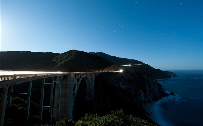 Bixby Creek Bridge USA-city architecture wallpaper Views:7575