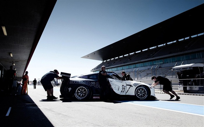 Car Racing-Sports photography wallpaper Views:6366 Date:5/16/2012 11:08:01 PM