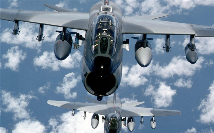 Fighters bombers-Military aircraft wallpaper Views:6768