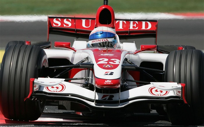 Formula 1-Outdoor sports wallpaper Views:7756 Date:5/26/2012 8:51:56 PM