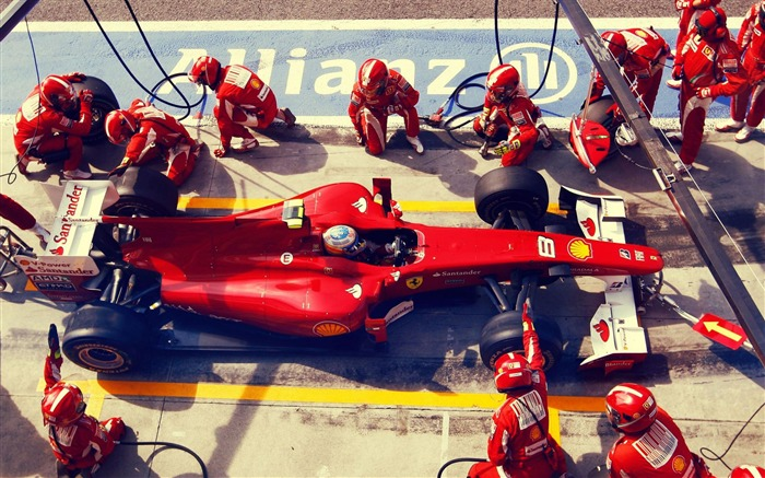 Formula 1 Racing-Sports photography wallpaper Views:5769 Date:5/16/2012 11:12:12 PM