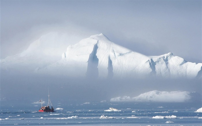 Greenland Mystery-natural scenery wallpaper Views:9986