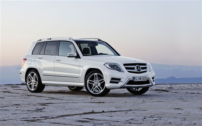 Mercedes-Benz GLK HD Car Wallpaper Views:18311