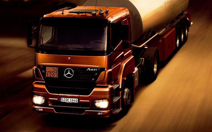 Mercedes Benz Truck Car-transport photography wallpaper Views:15336