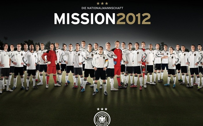 Mission 2012-football sports wallpaper Views:6443 Date:5/20/2012 10:20:54 AM