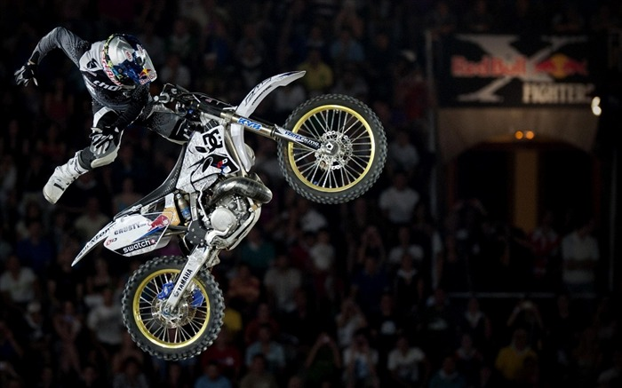 Motocross Motorcycle-Sports photography wallpaper Views:10823 Date:5/16/2012 11:16:33 PM