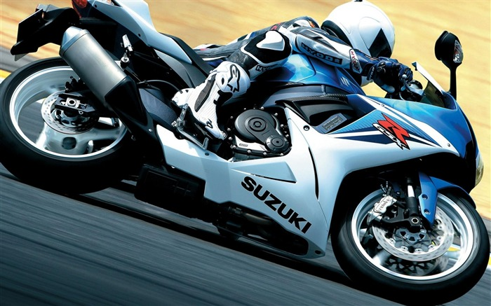 Motorcycle-Outdoor sports wallpaper Views:5370 Date:5/26/2012 9:07:35 PM