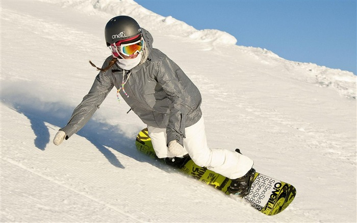 Snowboarding Girl-Sports photography wallpaper Views:6889 Date:5/16/2012 11:21:57 PM